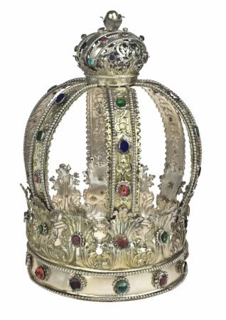 Koruna na Tóru - Inv. č. ŽMP 037.746, stříbro, Praha 1723, Filip Oberholzer, tepáno, cizelováno, částečně zlaceno, nejstarší dochovaná koruna na Tóru českého původu, předválečná sbírka muzea