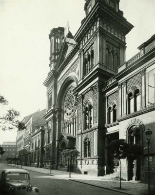 S018324.jpg - The Vinohrady Synagogue in Prague (Sázavská Street) after it was bombed in 1945