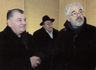 28.png - Arcibiskup pražský, metropolita a primas český Dominik Duka a vrchní rabín v ČR Karol Sidon v Pikasově synagoze (2010)