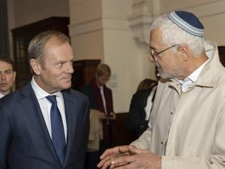 55.jpg - Předseda Evropské rady Donald Tusk (vlevo, 2019)