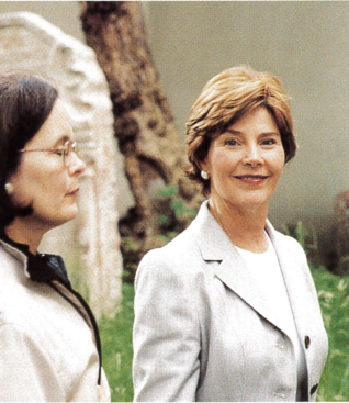 16.png - First Lady of the United States, Laura Bush (2002)