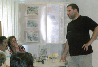 26.png - Actor Tomáš Töpfer lecturing in the jewish Museum in Prague (2008)