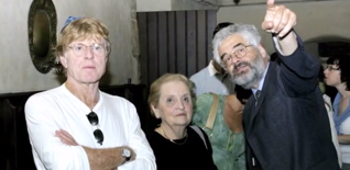 43.png - Actor Robert Redford, former US Minister  of Foreign Affairs Madeleine Albright (2005)