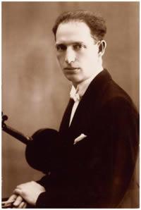 Egon Ledeč s houslemi v r. 1925