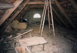 Půda synagogy v Zalužanech